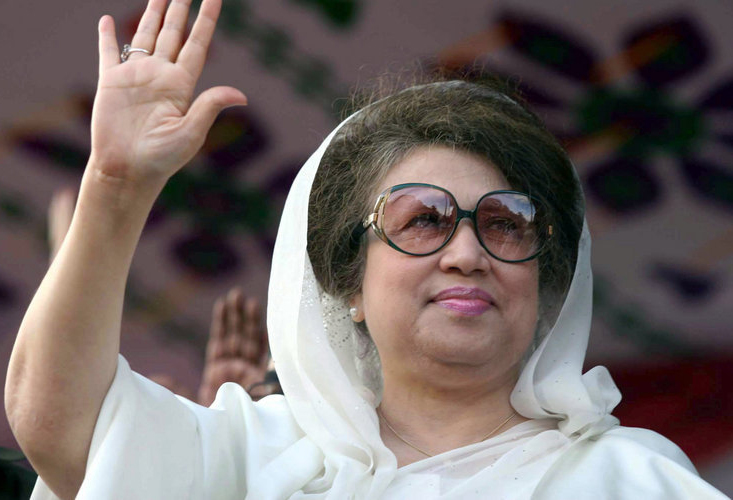 Court orders arrest of Khaleda's deadly bus firebombing in Dhaka