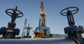 Saudi, Russia agreed oil production freeze